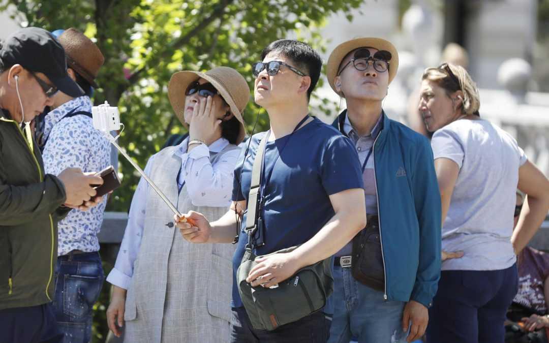 Število turistov se povečuje, z njimi pa tudi količine odpadkov