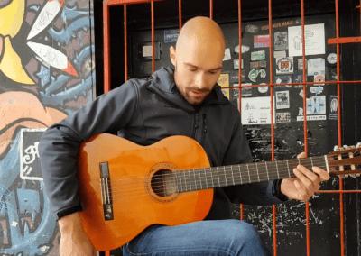 How to: osnove klasične kitare